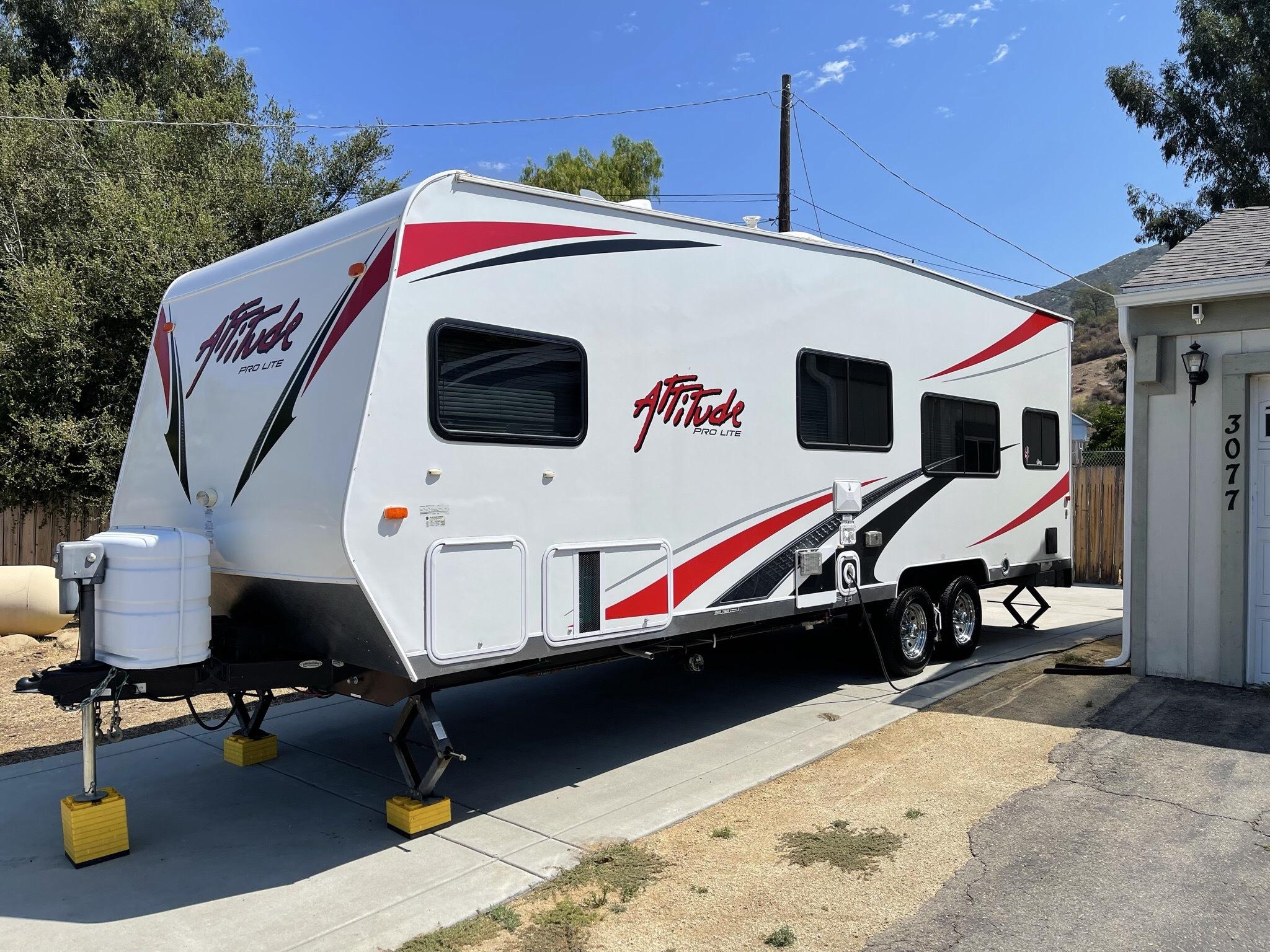 Photo Used 2012 Eclipse Recreational Vehicles Travel Trailer Toy Hauler RV  $21500