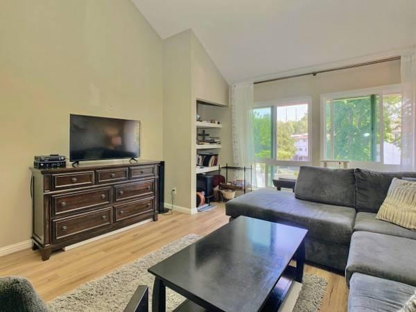 Photo furnished apartment (San Diego, CA)