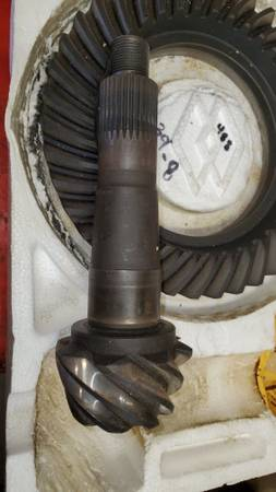 Photo 12 BOLT CHEVY 4.88s RICHMOND GEARS WITH SPACERTRADE - $85 (indianapolis,indiana 46239)