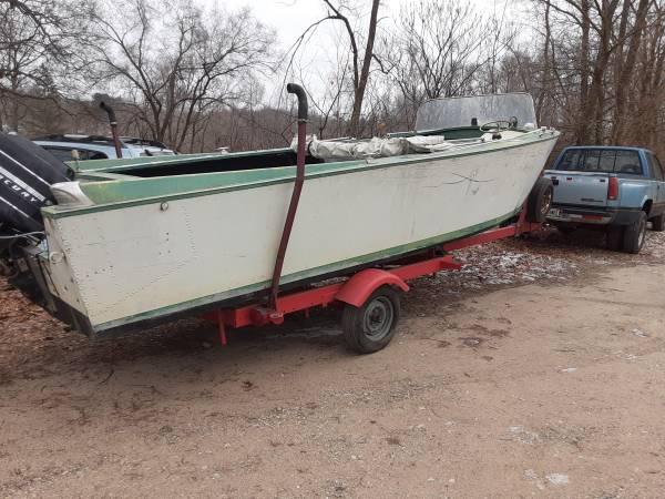 Photo 1967 2339 Lonestar Aluminum boat with Mercury 175 h.p. and trailer - $3,750 (Fort Wayne)