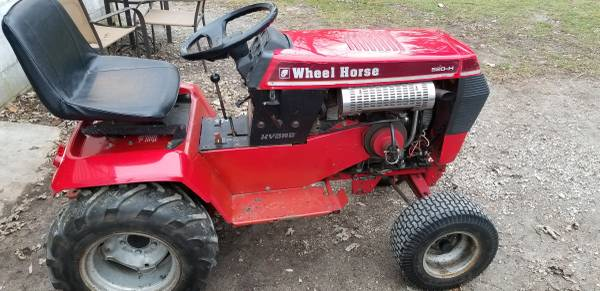 Photo 1989 wheel horse 520H - $1234 (SHERIDAN)