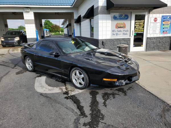 Photo 1995 Pontiac Trans Am - $8000 (Mooresville)
