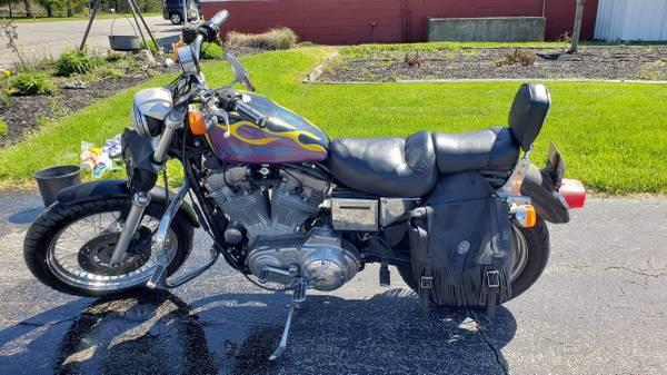 Photo 1999 Harley-Davidson 883 Sportster - $3,000 (Beech Grove)