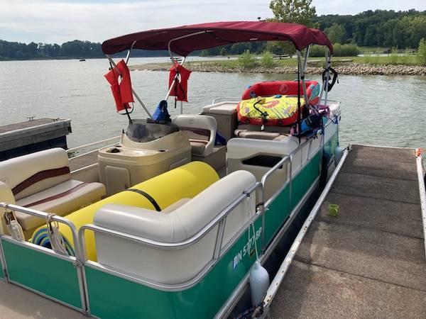 Photo 2002 Fisher Pontoon Boat 75HP Mercury - $12,500 (Plainfield)