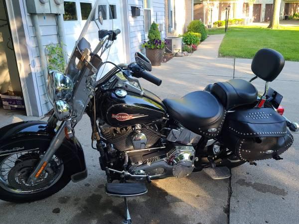 Photo 2006 Harley Davidson FLSTCI 14,000mi super clean - $8,750 (Anderson)