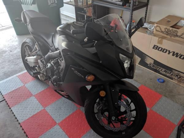 Photo 2014 Honda CBR 650F - $4,500 (Indianapolis)