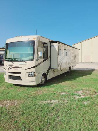 Photo 2019 Thor Windsport 34J Bunkhouse - $69,900 (milwaukee)