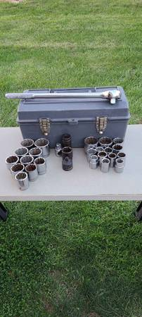 Photo 34quot Drive Craftsman Socket Set - $200 (indianapolis)