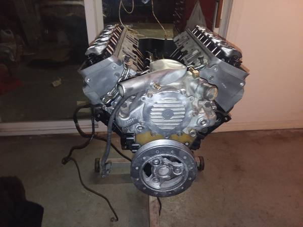 Photo 350 sbc chevy engine 350 lt1 - $500 (New Castle In)