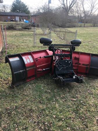 Photo 92 Boss V snow plow - $2800 (East side of Indianapolis)