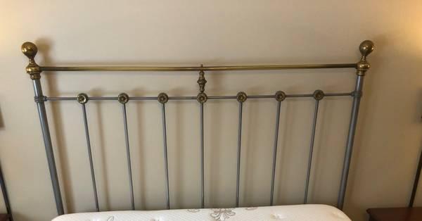 Photo Antique Style Metal with Brass Queen Size Headboard  Bedframe Rails - $100 (Avon)