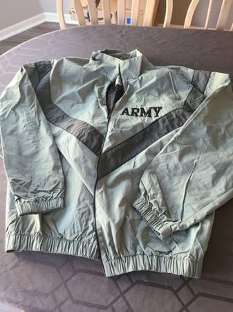 Photo Army PT Jacket XLG-REG - $10 (Fishers)