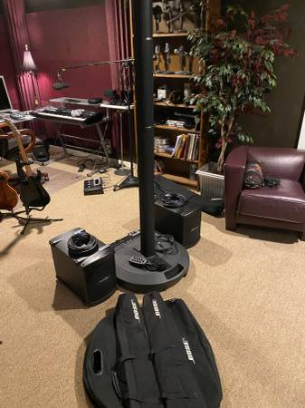 Photo Bose L1 Model 1 PA System with 2 Bose B2 Bass units remote and cables - $1200 (Indianapolis)