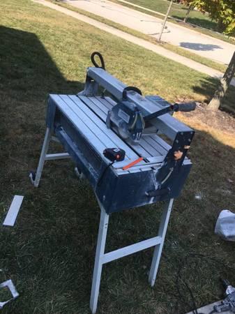 Photo Chicago tools - $75 (Brownsburg)