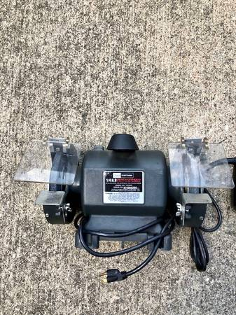 Photo Craftsman Bench Grinder - 14 hp, 6quot - excellent condition - $49 (Indianapolis)
