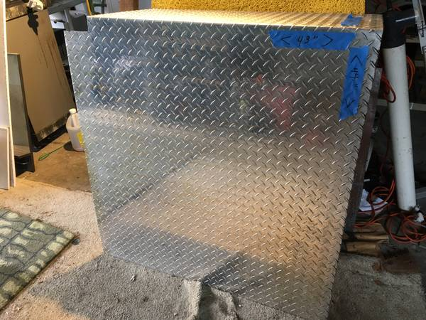 Photo Diamond Plate aluminum - $150 (Indianapolis--just east of downtown)