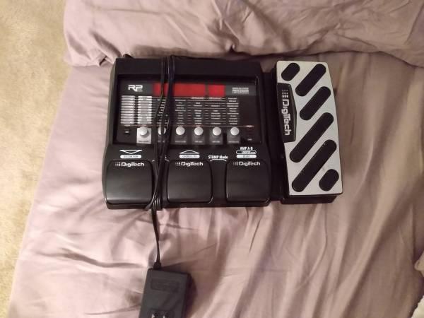 Photo Digitech RP 355 guitar effects unit - $100 (Clinton, In.)