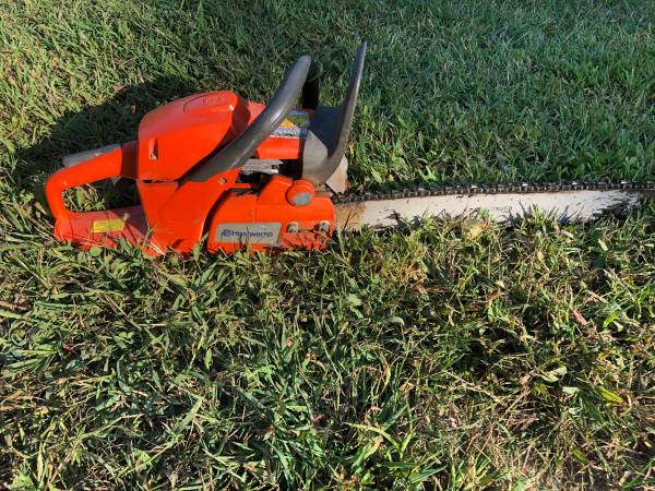 Photo Husqvarna 460 rancher - $350 (Columbus)