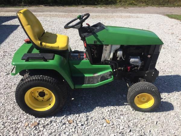 Photo John Deere 425 445 and 455 Garden Tractors - $1234 (Seymour)