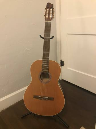 Photo La Patrie Etude Classical Guitar Used - $250 (Indianapolis)