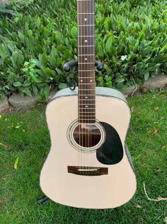 Photo Mitchell MD-300VFB - Solid Spruce - Trans Gray - $150 (West)