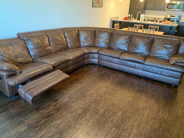 Photo Natuzzi Italian Genuine Leather Sectional - $850 (Broad Ripple)