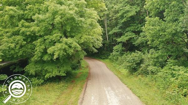Photo Nearly 3 wooded acres with all city utilities in French Lick ((0.75 Hours to Bedford, IN))