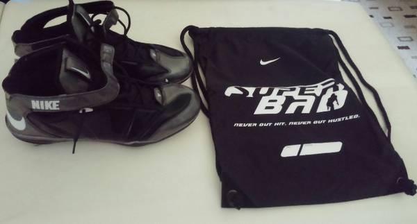 Photo Nike Baseball  Football Cleats - $45 (Indianapolis)
