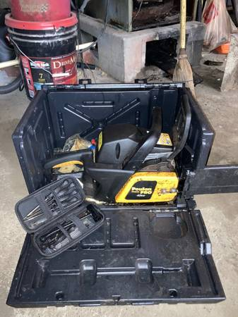 Photo Poulan Pro 42cc Gas Chainsaw, 18 inch - $135 (Indianapolis)