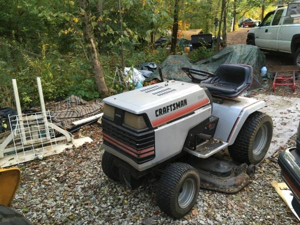 Photo Sears Craftsman Lawn Tractor - $300 (Wanamaker)