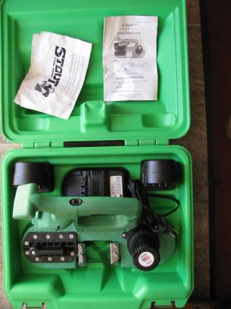 Photo Stout X-Band model stx-100 Cordless 1 handed band saw never used - $175 (Indy)