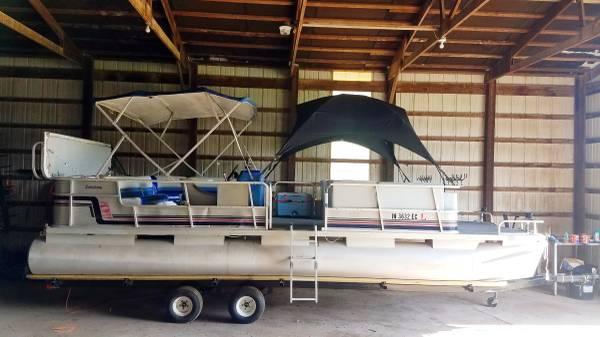 Photo Suncruiser 2439 Pontoon 135hp - $5,000 (Batesville)
