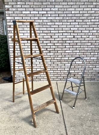 Photo TWO Ladders - 6 ft. wooden ladder and aluminum step ladder - $49 (Indianapolis)