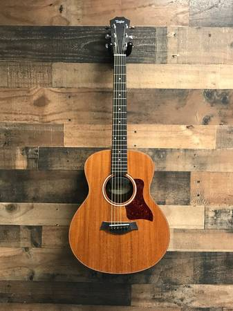Photo Taylor GS Mini wKK pickup - $450 (Fishers)