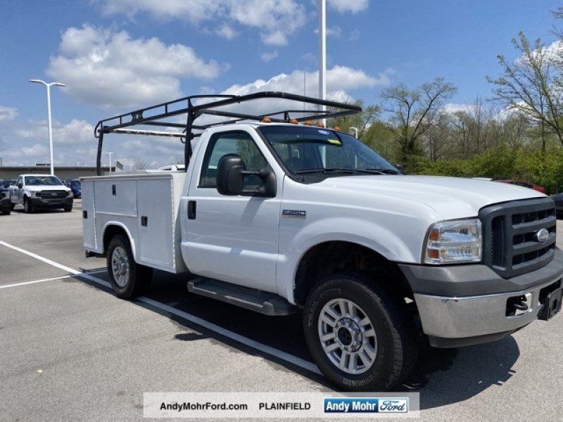 Photo Used 2006 Ford F250 XL for sale