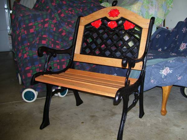 Photo Vintage Cast Iron Re-Stored Chair - $65 (Plainfield)