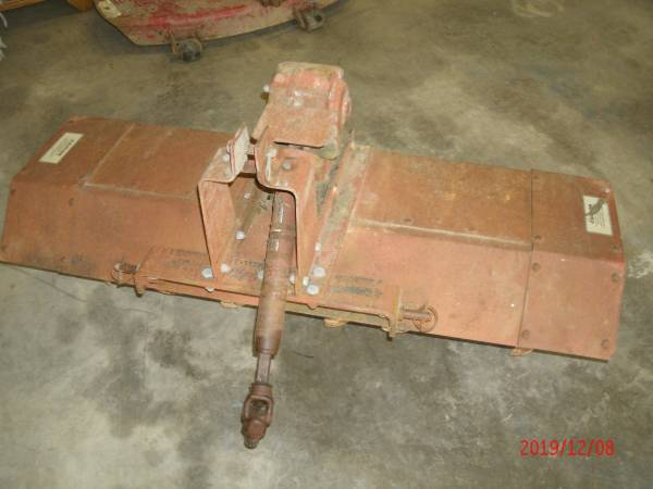 Photo WHEEL HORSE D SERIES ROTO TILLER 50 INCH - $550 (RICHMOND)
