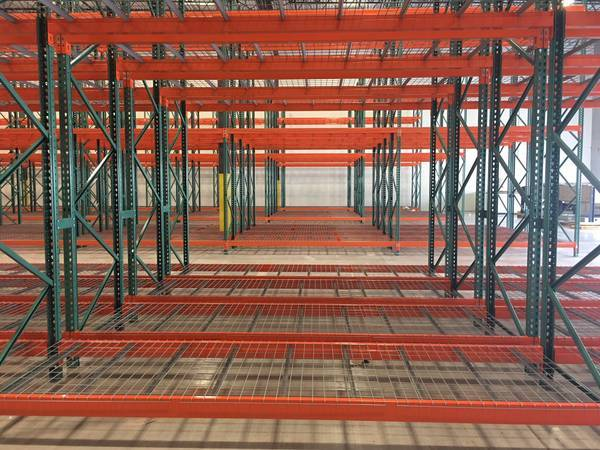 Photo Warehouse Shelving, Pallet Racking, Storage Racks, Heavy Duty Shelves (Whitestown, IN (Nationwide Distributor of New and Used))