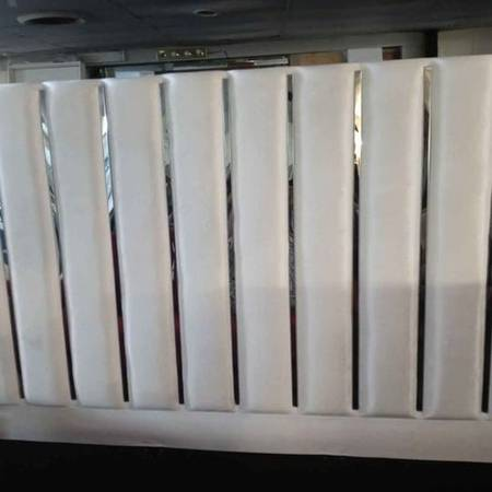 Photo White king headboard with stainless steel metal - $99 (indianapolis)