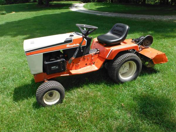 Photo simplicity tractor with tiller - $1,750 (greensburg)