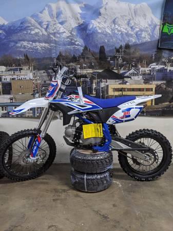 Photo 125cc PRO MAX Dirt Bike 4 speed at turbopowersports - $1,499 (Temecula)