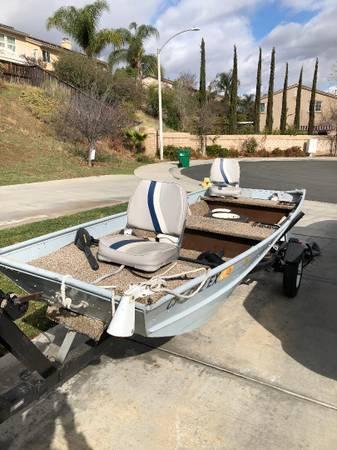Photo 1439 Flatbottom Boat, Motor  Trailer - $1,100 (Murrieta)