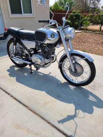 Photo 1966 HONDA 165cc Excellent Condition - $8,500 (Yucaipa)