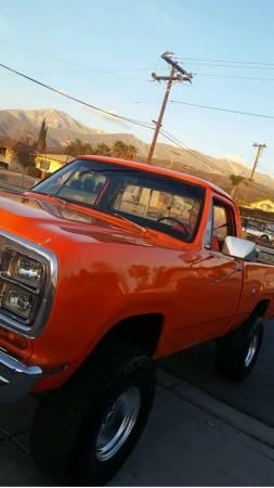Photo 1979 dodge power wagon - $8500 (Yucaipa)