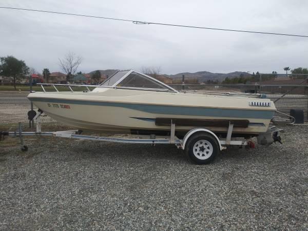 Photo 1985 Sea Swirl open bow boat - $2,200 (Beaumont)