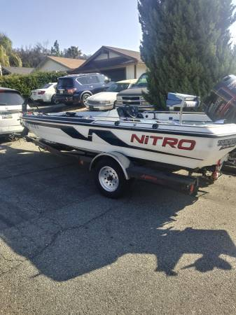 Photo 1990 nitro bass boat - $4500 (Temecula)