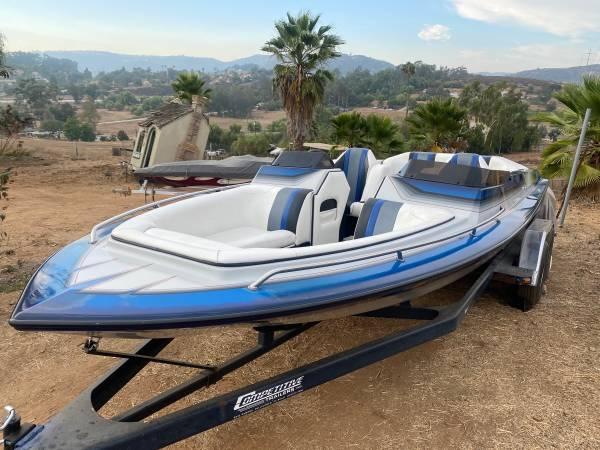 Photo 1990 ultra power boat open bow 21 feet - $18,000 (San Marcos)