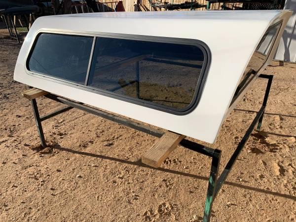 Photo 20072013 Chevy Silverado 5.8 ft bed fiberglass cer shell - $850