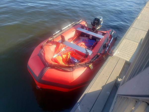 Photo 2020 emax usa inflatable boat with 8 hp tohatsu - $2,400 (Ontario)