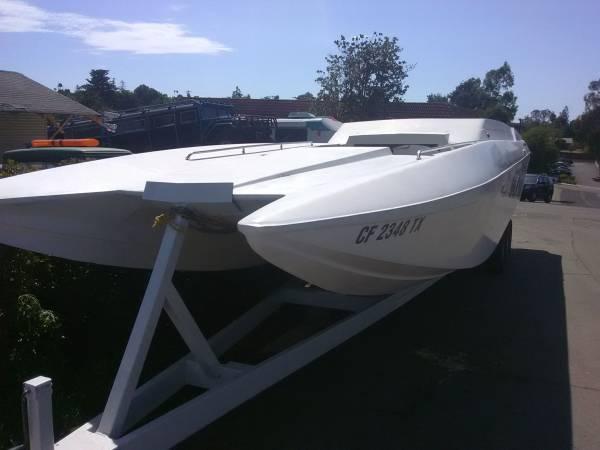 Photo 3239 catamaran, tunnel Hull, Eliminator style boat - $14000 (Temecula)